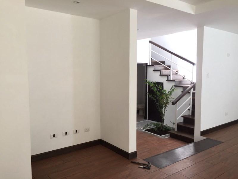 Remax real estate, Guatemala, Guatemala City, CASA EN VENTA EN LINDO CONDOMINIO, MONTELIMAR ZONA 2 CON 3 DORMITORIOS