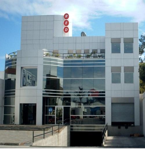 Remax real estate, Guatemala, Guatemala City, VENDO EDIFICIO PARA OFICINAS DE 3 NIVELES SOBRE DIAGONAL 6 ZONA 10