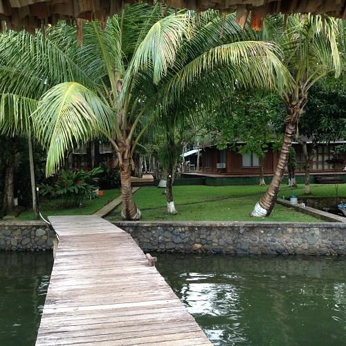 Remax real estate, Guatemala, Guatemala City, VENTA DE 2 LINDAS CASAS EN RIO DULCE CON LINDA VISTA Y AMPLIO TERRENO