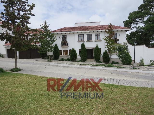 Remax real estate, Guatemala, Guatemala City, VENTA DE BELLA CASA EN MUXBAL CON 733MT2 DE CONSTRUCCIÓN UN DISEÑO PARA GUSTOS EXCLUSIVOS