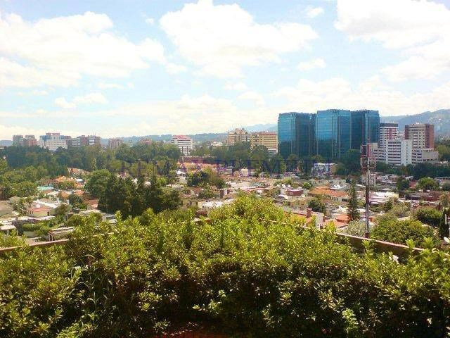 Remax real estate, Guatemala, Guatemala City, VENDO AMPLIO APARTAMENTO EN ZONA 14 PENTHOUSE