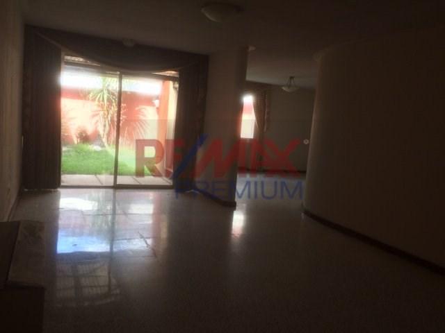 Remax real estate, Guatemala, Guatemala City, ALQUILER DE CASA EN CONDOMINIO EN ZONA 10 CON 3 DORMITORIOS