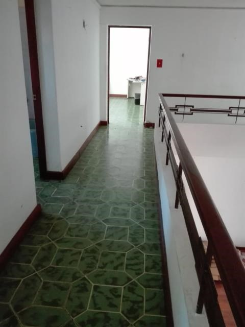 Remax real estate, Guatemala, Guatemala City, ALQUILO CASA ZONA 09 CON AMPLIOS ESPACIOS Y AUDITORIUM