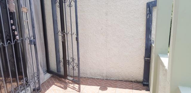 Remax real estate, Guatemala, Guatemala City, VENDO TOWNHOUSE ZONA 13 DE TRES DORMITORIOS DENTRO DE CONDOMINIO