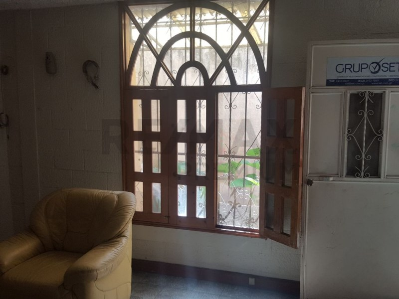 Remax real estate, Guatemala, Guatemala City, VENDO CASA EN MONTE REAL II ZONA 4 DE MIXCO IDEAL PARA OFICINAS O VIVIENDA