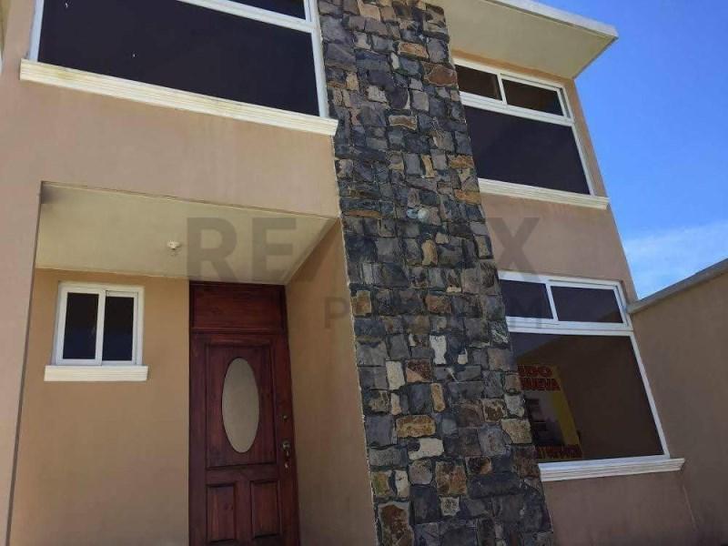 Remax real estate, Guatemala, Guatemala City, VENDO CÓMODA CASA UBICADA EN LO DE VALDEZ