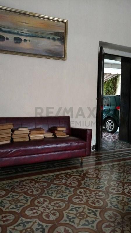 Remax real estate, Guatemala, Guatemala City, VENTA DE CASA CENTRO HISTÓRICO CON ACABADOS ORIGINALES