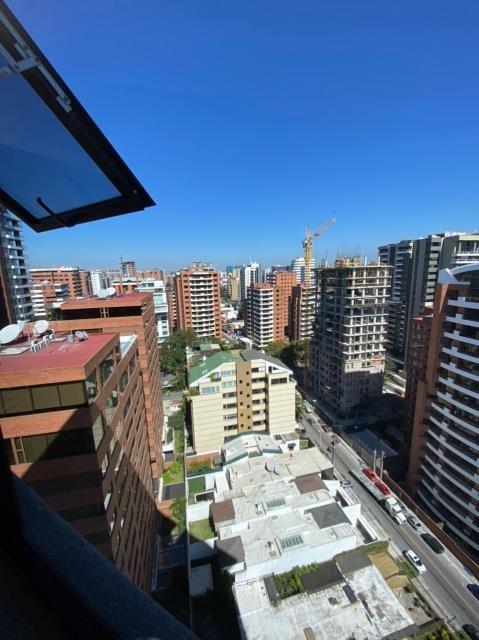 Remax real estate, Guatemala, Guatemala City, ALQUILO APARTAMENTO ZONA 14 LINDO Y AMPLIO DE TRES DORMITORIOS Y DORMITORIO DE SERVICIO
