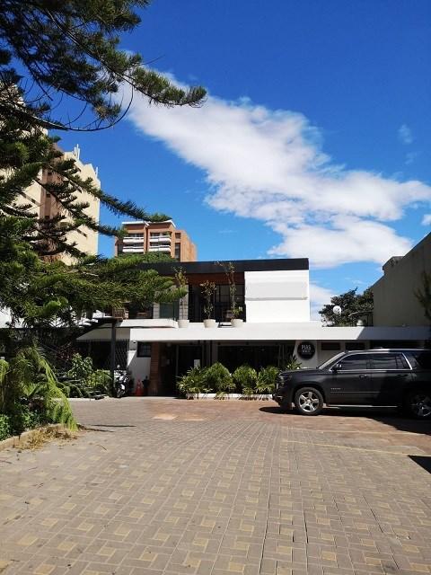 Remax real estate, Guatemala, Zona 14, ALQUILO LOCAL ZONA 14 IDEAL PARA CLÍNICAS U OFICINAS EN EXCELENTE PUNTO