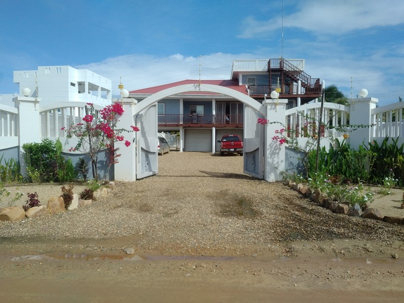 Remax real estate, Belize, Sittee River, 4 Bedroom Beach House and Guest House Phase 4 Sittee Point Estates
