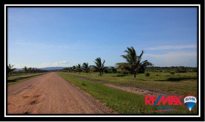 Remax real estate, Belize, Stann Creek, L3614 - Equestrian Estates Lot for Sale