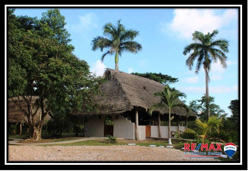 Remax real estate, Belize, Abraham, B3634 - Kiskadee Lodge - 61.62 Acres