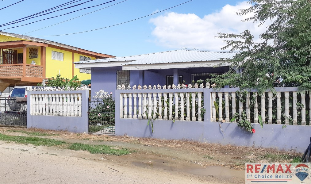 Remax real estate, Belize, Dangriga, H3679 - A Stone's Throw From the Sea