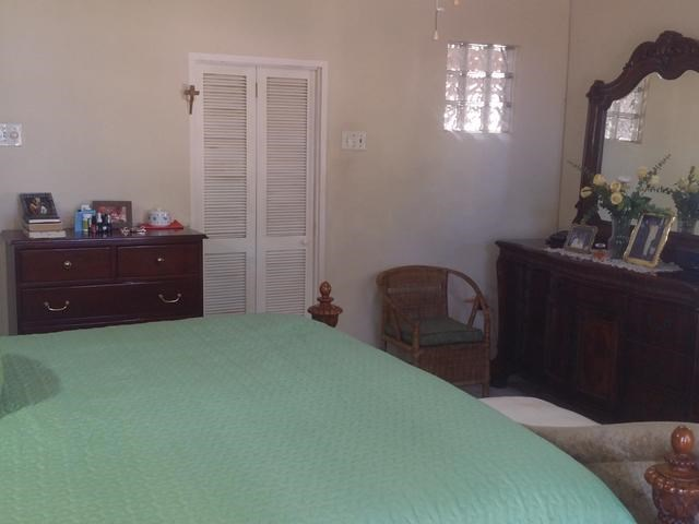 RE/MAX real estate, Jamaica, Runaway Bay, MAIN STREET, RUNAWAY BAY St. Ann Runaway Bay