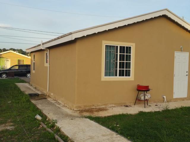 RE/MAX real estate, Jamaica, Montego Bay, WEST VILLAGE St. James Montego Bay
