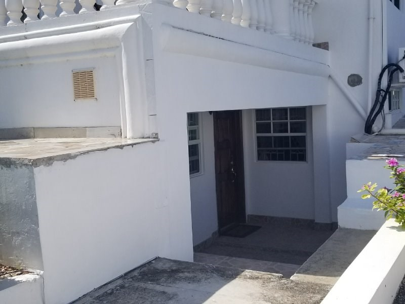 RE/MAX real estate, Jamaica, Montego Bay, Chester Ave St. James Montego Bay