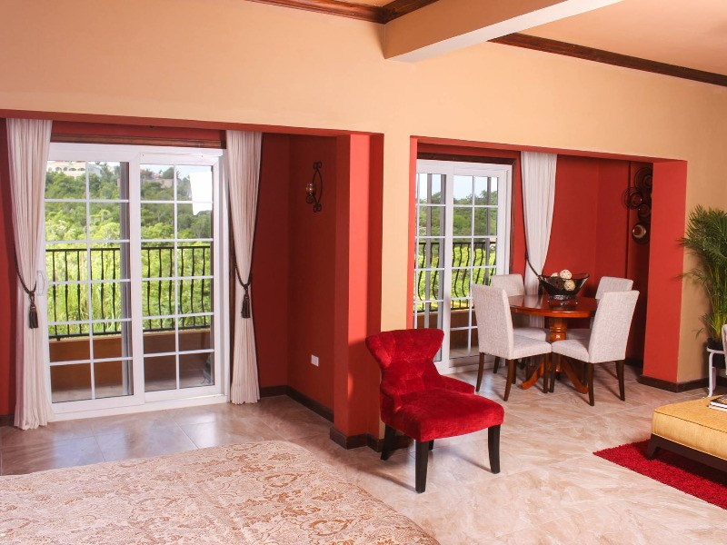 RE/MAX real estate, Jamaica, Montego Bay, 295 Fairfield Avenue St. James Montego Bay