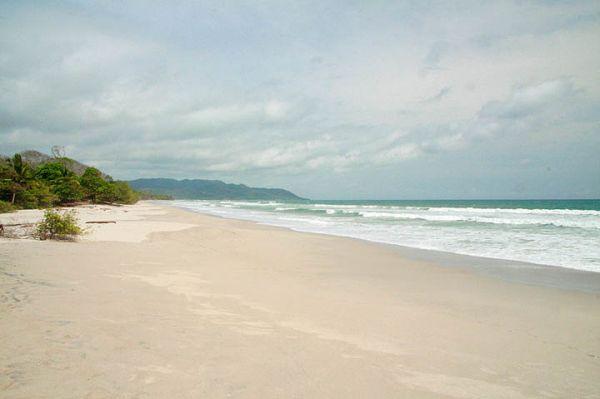 Remax real estate, Costa Rica, Santa Teresa, Exclusive oceanfront jewel in Santa Teresa