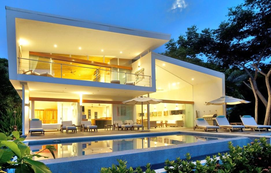 Remax real estate, Costa Rica, Santa Teresa, AMAZING OCEAN FRONT 3XHOMES PROPERTY IN SANTA TERESA-PLAYA HERMOSA