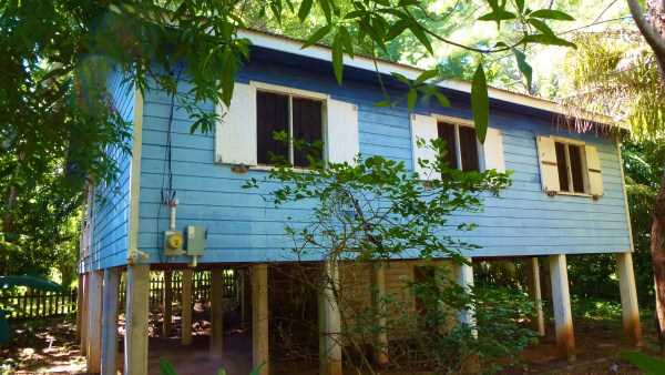 Remax real estate, Honduras, Utila, The Blue House at Crum's Hill