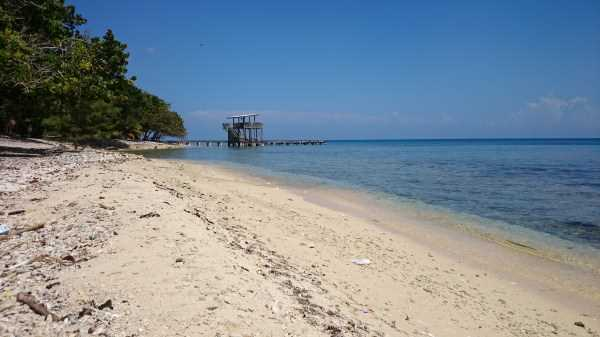 Remax real estate, Honduras, Utila, Beautiful Beach Front at Mariner's Landing