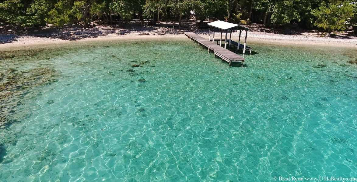 Remax real estate, Honduras, Utila, The Blue Moon Beach House