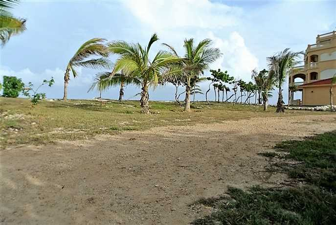 Remax real estate, Honduras, Utila, Lot #10 at Dolphin Run