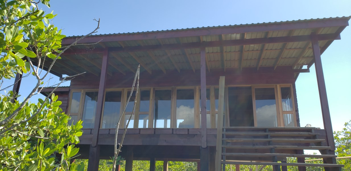 Remax real estate, Honduras, Utila, The Lagoon House at Little Bight
