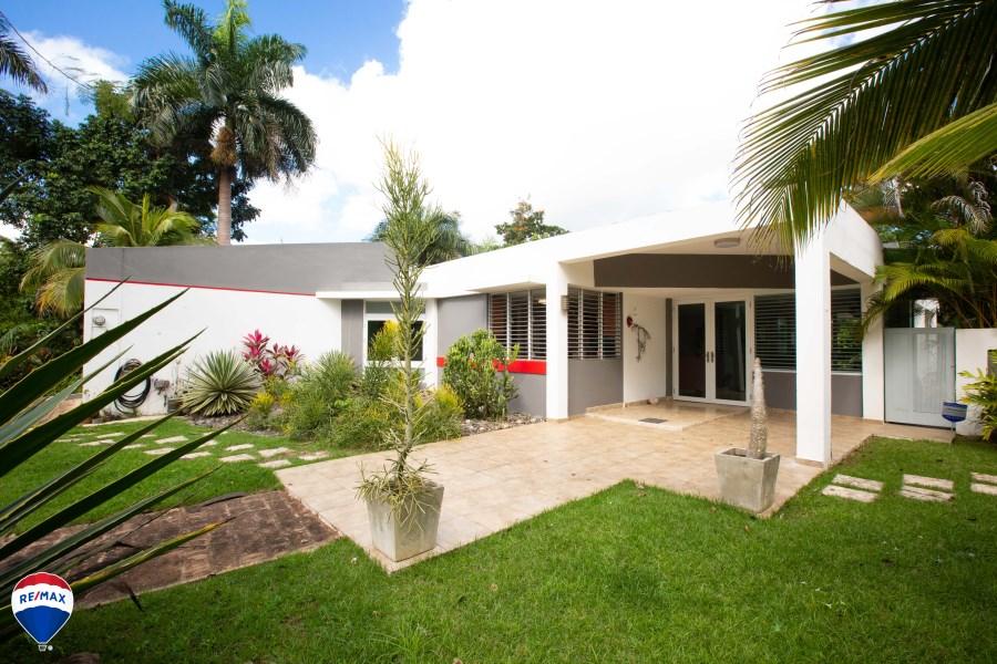 RE/MAX real estate, Puerto Rico, Guaynabo, Urb. Valle Escondido PRECIO REDUCIDO !!