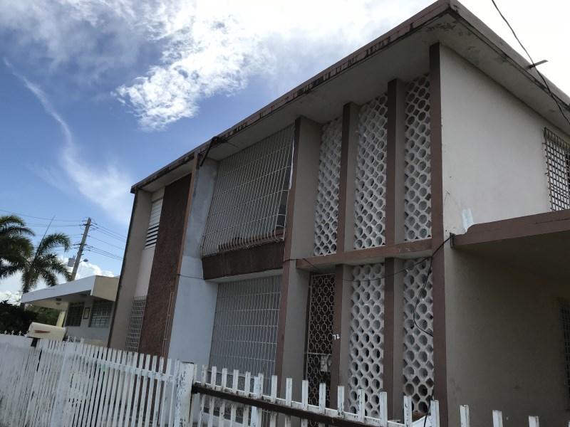 RE/MAX real estate, Puerto Rico, URB Martell, DUPLEX Urb Martell Marginal #2, Arecibo