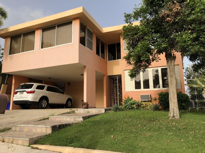 RE/MAX real estate, Puerto Rico, URB Los Frailes Norte, Hermosa casa en Urb. Los Frailes