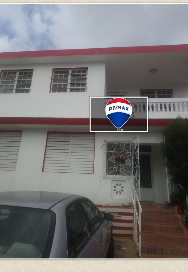 RE/MAX real estate, Puerto Rico, Saint Just, Casa de 2 Niveles para Inversion