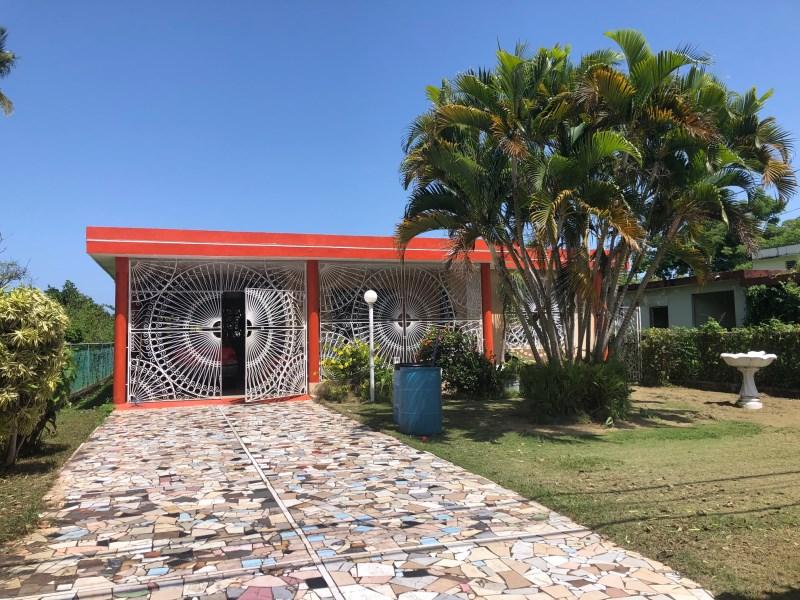 RE/MAX real estate, Puerto Rico, Toa Baja, 2 casa en Solar de Toa Baja