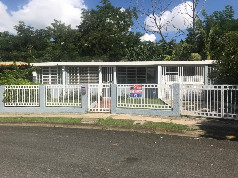 RE/MAX real estate, Puerto Rico, Jard De Caparra, Urb. Jardines De Caparra