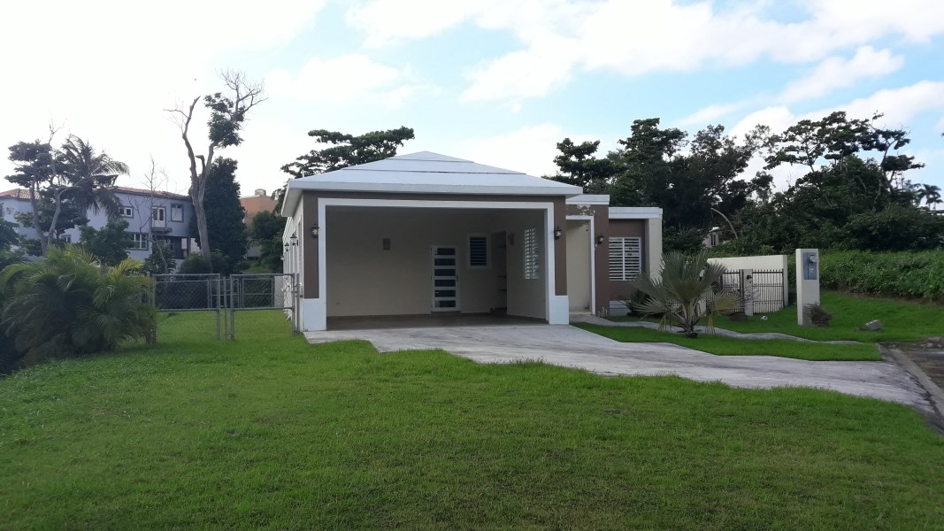 RE/MAX real estate, Puerto Rico, Toa Alta,  