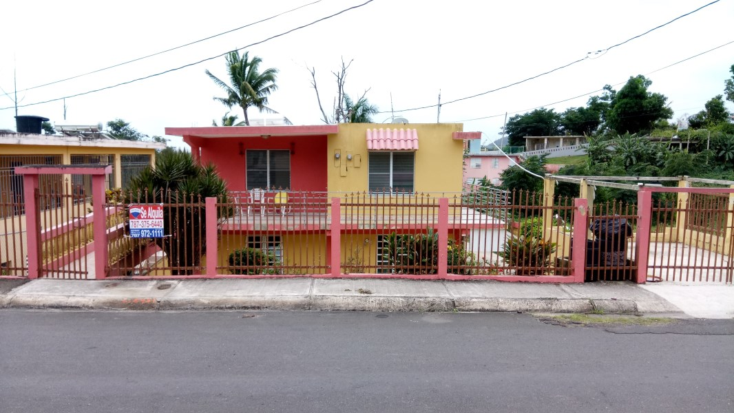 RE/MAX real estate, Puerto Rico, Humacao, Urb. Antonio Roig