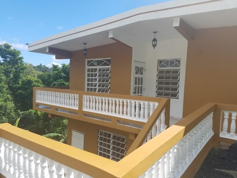 RE/MAX real estate, Puerto Rico, Toa Alta, Finca con 2 viviendas en Sector Marzan