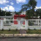 RE/MAX real estate, Puerto Rico, Guaynabo, Campo en la ciudad, Guaynabo