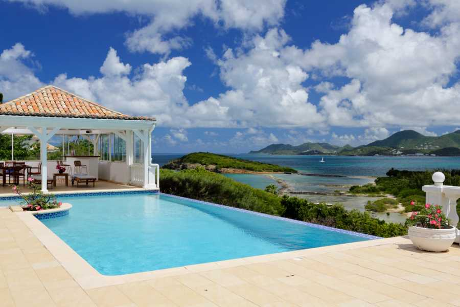 "RE/MAX real estate, St. Martin, Terres Basses, VILLA ""SEAGRAPES"" — STUNNING ESTATE in BAIE ROUGE, TERRES BASSES, St Martin/St Maarten"