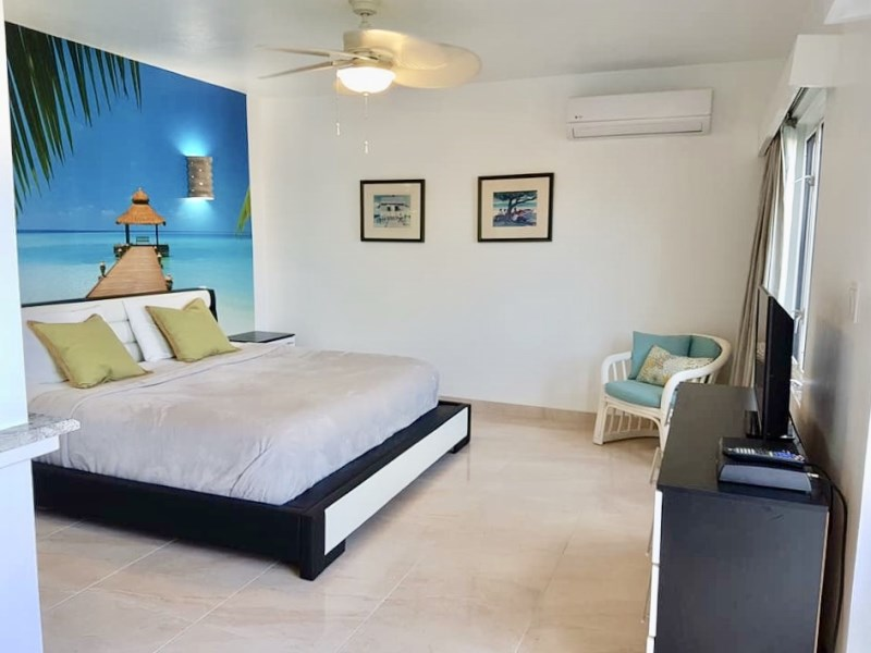 RE/MAX real estate, British Virgin Islands, Long Bay, Executive full service one bed in Long bay villa fresh on the market!