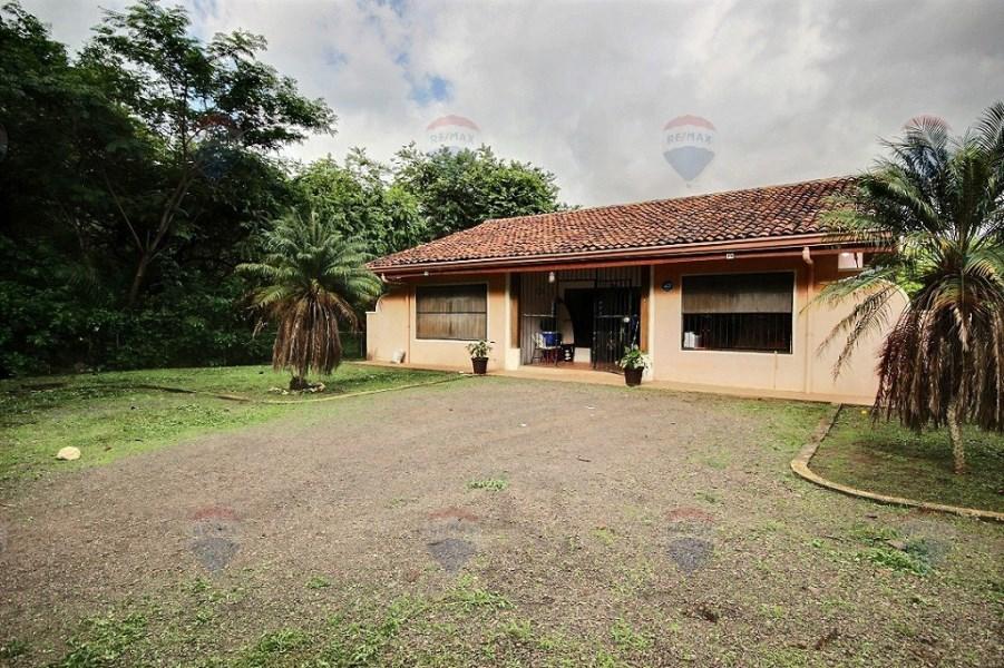 Remax real estate, Costa Rica, Tamarindo, Casa La Garita ~ Great location!