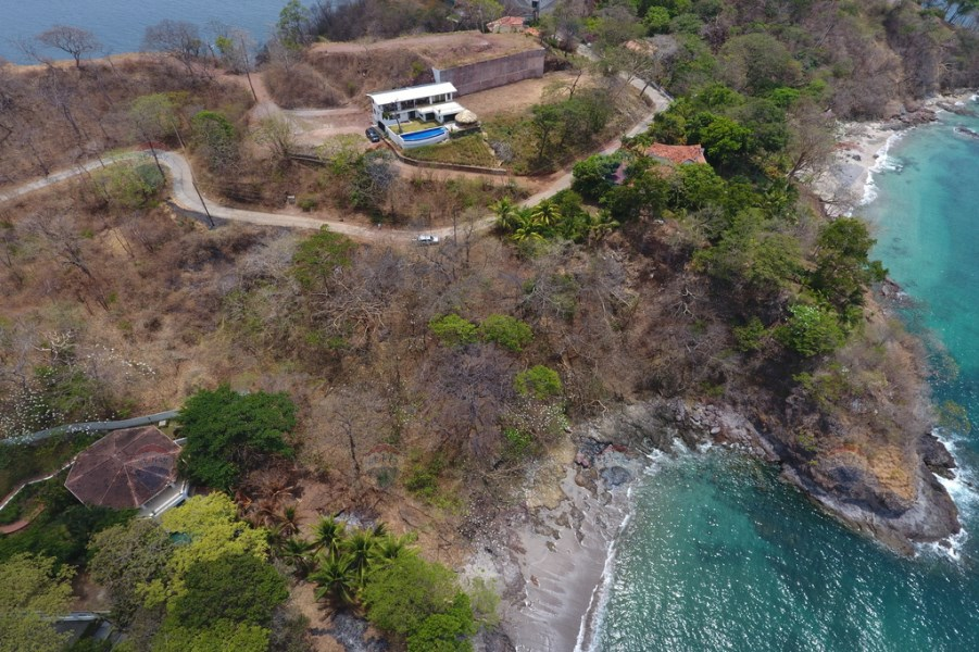 Remax real estate, Costa Rica, Flamingo, Beachfront land with development potential!
