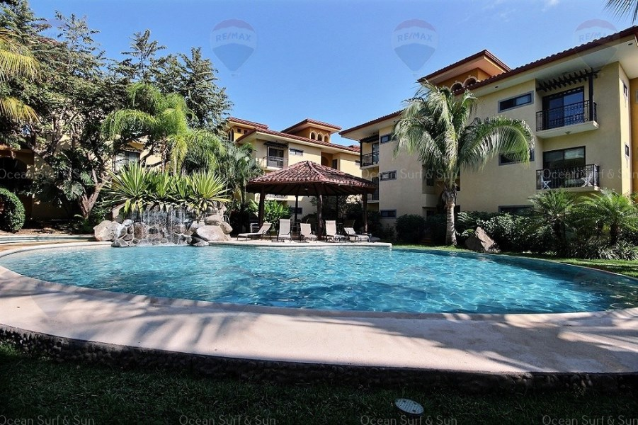 Remax real estate, Costa Rica, La Garita, The Oaks condominium #88 ~ 2 bedrooms close to everything!