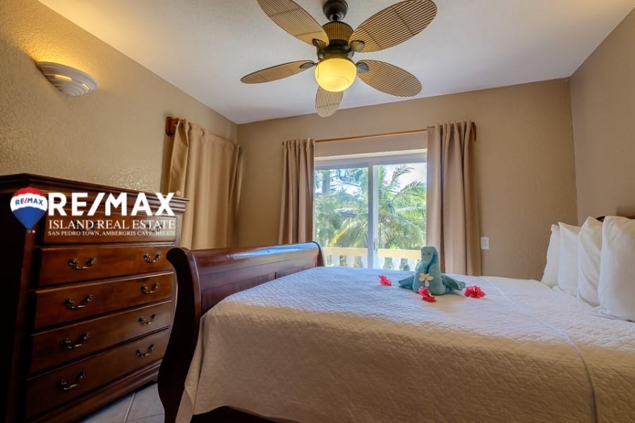 Remax real estate, Belize, San Pedro, Pelican Reef Villas