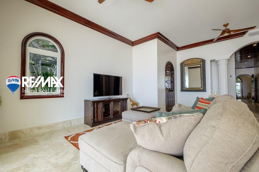 Remax real estate, Belize, San Pedro, Venezia del Caribe Resort and Spa Penthouse
