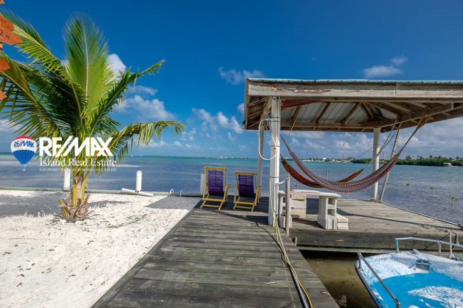 Remax real estate, Belize, Caye Caulker, Bird's Eye View of the Western Bay