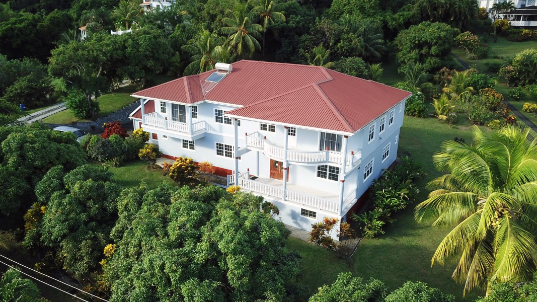 RE/MAX real estate, St. Vincent and the Grenadines, Arnos Vale, CANE HALL BEAUTY