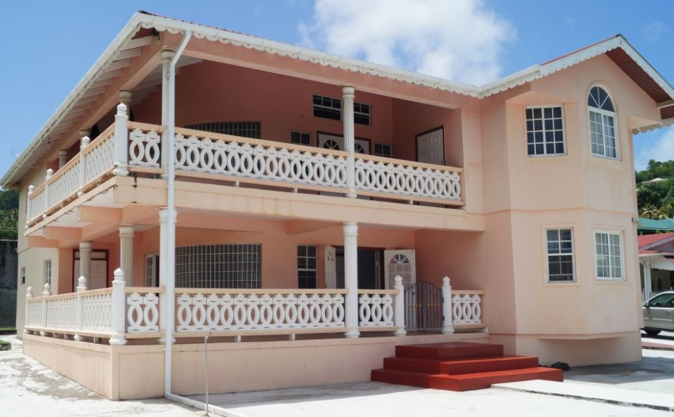 RE/MAX real estate, St. Vincent and the Grenadines, Arnos Vale, SVG ARNOS VALE IDEAL
