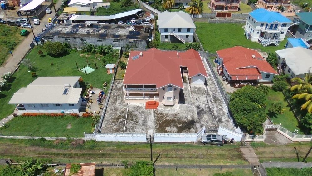 RE/MAX real estate, Saint Vincent and the Grenadines, Arnos Vale, SVG ARNOS VALE IDEAL