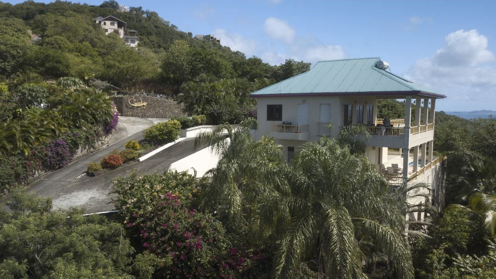 RE/MAX real estate, Saint Vincent and the Grenadines, Belmont, BEQUIA VILLA